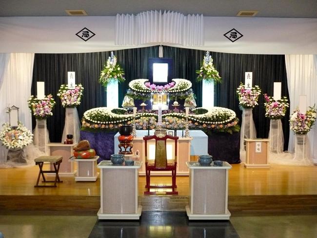 家族葬120万生花祭壇