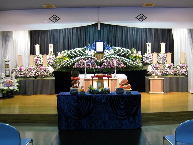 一般葬100万生花祭壇